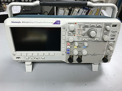 Tektronix DPO 2012 DPO2012 Digital Oscilloscope 2-Channel 100 MHz, 1 GS/s
