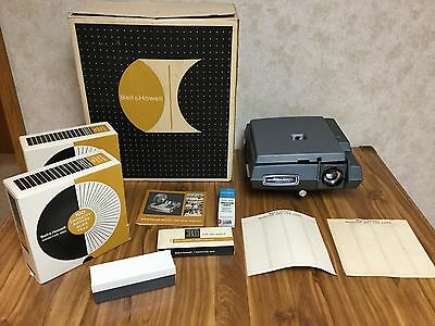 Vintage Bell & Howell Monitor Model 960 Automatic Remote Control Slide Projector