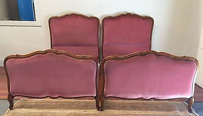 A Pair of French Vintage Louis Style Beds Walnut - Pink Velvet - TM025