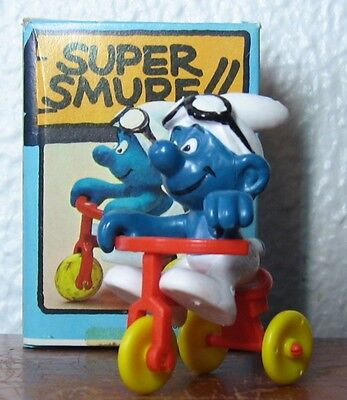 Smurfs -  Tricycle Smurf With Box!