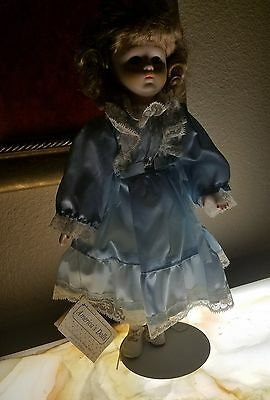 NEW w/tags & STAND Vintage Heritage Mint Collection Bisque Porcelain Doll NWT
