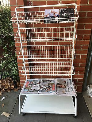 Magazine Stand Rack Holder Mobile Ideal For Cafe/Sub News