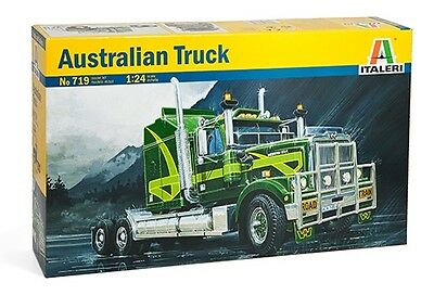 Italeri 719 1/24 Scale Assembly Plastic Model Kit Australian Truck