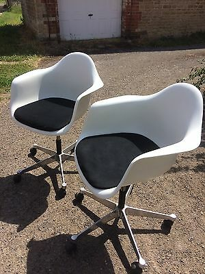 Charles And Ray Eames By Vitra Mid Century Style