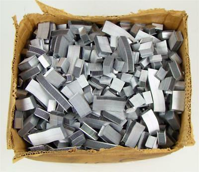 """(42 Lb Box) 3/8"""" Steel Banding Buckles Strapping Seal .860x.014 Magazine Type"""