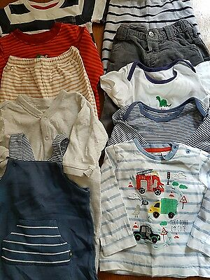 lot 10, bundle of 6-9 month boys clothes, 10 items