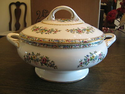 Coalport Ming Rose Soup Tureen with Lid