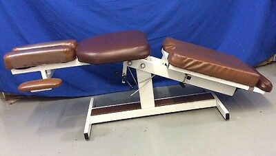 Align Medical Manual Chiropractic Massage Table Brown Full Body Adult