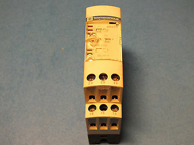 TELEMECANIQUE  RM4 TR31 t-0,1-10s   Relay