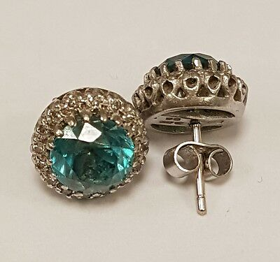 (1) Stunning 18Ct Solid White Gold Diamond & Gemstone Stud Earrings