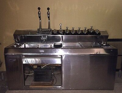 1950's Everfrost Soda Fountain excellent condition with lots of extras