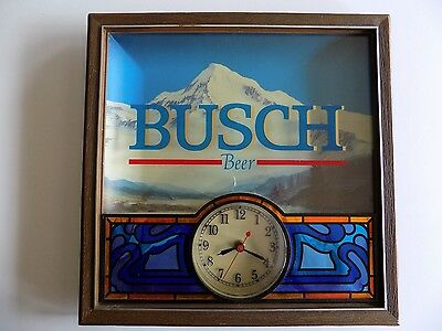 Vintage Busch Beer Stained Glass Wall Clock - Jan 21,1987 Item # 217-871