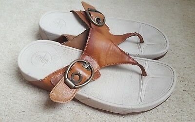 Fitflop Size 8 Brown buckle Leather Thong Flip Flop Sandals Shoes