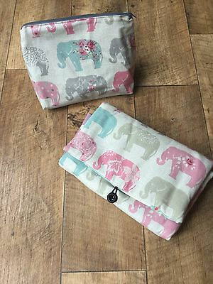 Pretty travel change mat with two internal pockets and matching wet bag