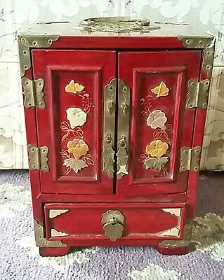 Vintage Japanese Red Laqured Jewlery Cabinet or Box.