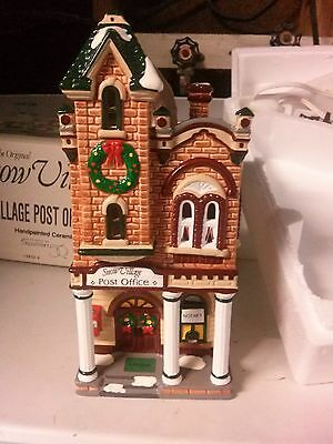 """Snow Village Dept 56 Christmas Holiday """"Villiage Post Office"""" 5422-4 Retired"""
