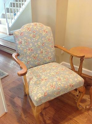 Ethan Allen Country French Chairs Two Matching Sold As A Pair