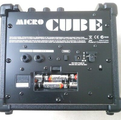 Roland Micro Cube guitar amp practice/busking