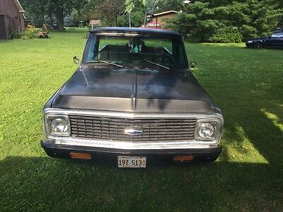 1972 Chevrolet C-10  1972 Chevy C 10 long bed pick up truck  With custom Harley Davidson