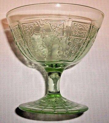 Anchor Hocking Glass PRINCESS Green Sherbert Dish Depression (1931-35)