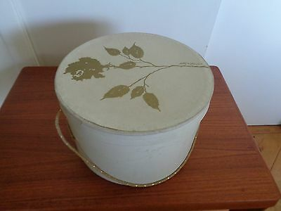 VINTAGE HAT BOX w/Rope Handle - LORD & TAYLOR