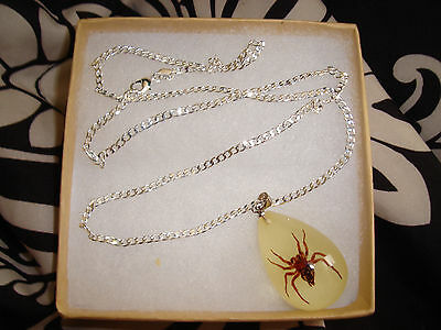 """Real Spider Glow In The Dark Lucite Necklace Pendant W/ 20"""" Silver Necklace"""