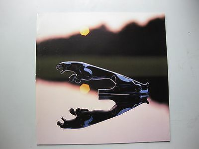 Jaguar 4.2L XJ6 Vanden Plas prestige brochure Prospekt English text 1985 1986