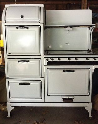 Vintage 1930s Magic Chef 1000 White Left Stack Stove