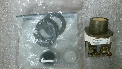 Used Allen-Bradley 800T-H2A Series T Selector Switch w/ New Knob and Gasket Kit