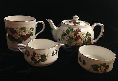 "Hammersley & Co Spode ""Strawberry Ripe"" Bone China Tea Set 4 Pieces"