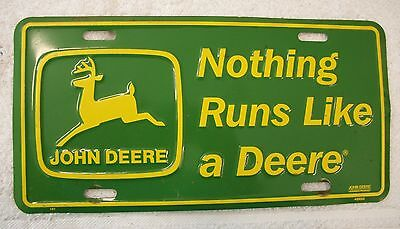 John Deere License Plate / Nothing Runs Like A Deere / Green And Yellow