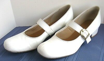 Promenaders white square dance shoes 1 in heel - 8.5 M