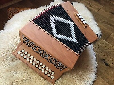 NEW Wooden Frontini Flat Keyboard BC diatonic accordion + soft case + Straps.