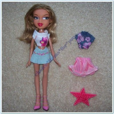 BRATZ MGA DOLL YASMIN FEELIN' PRETTY 2006 ORIGINAL CLOTHING and ACCESSORIES