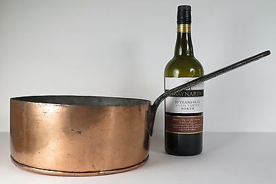 Georgian / Victorian copper skillet pan. Eight pint capacity. Kitchenalia.