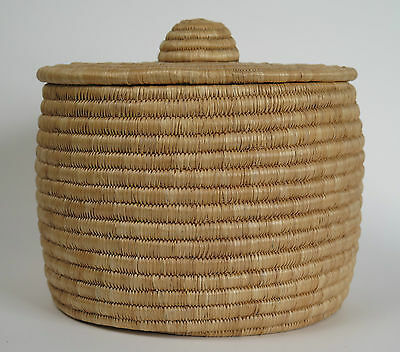 Inuit lime grass basket Louisa Anota Tookalook Great Whale River c1974