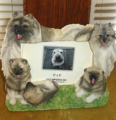 "Keeshond 7 1/2"" x 6"" Handpainted Resin Frame Holds 4""x6"" Photo, New ! Boxed !"