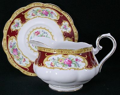ROYAL ALBERT china LADY HAMILTON pattern GRAVY BOAT with DETACHED Underplate