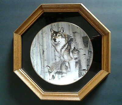 "Wolves ""Broken Silence"" Al Agnew Oak Framed Ltd Edition Collector Plate"