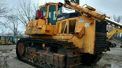 2006 Dressta TD40E Crawler Dozer located in Lynwood, Illinois