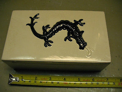VINTAGE  WALL POCKET w/ DRAGON  RELIEF   ORIGINAL