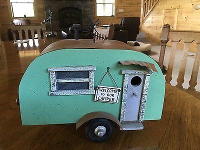 Vintage Travel Trailer Birdhouse Perfect Unused Condition