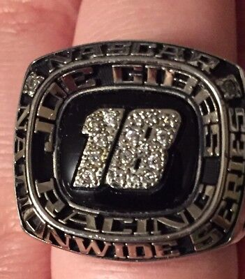 Kyle Busch 2010 Joe Gibbs Nascar Owners  Championship Pit Crew Ring