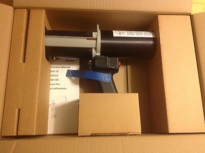New MixPac DP 200-70 Pneumatic dispenser 10:1 includes a new 4:1 Conversion Kit