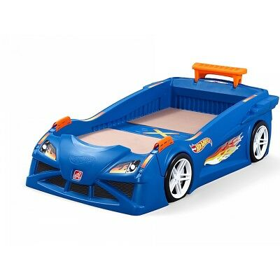 Lit simple Hot Wheels
