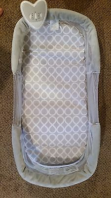 SwaddleMe Deluxe By Your Side Baby Sleeper Crib Sound Light Vibration Mesh Sides