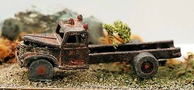 Model Tech 1950's Rusting truck - HO Model trains - Hand Painted