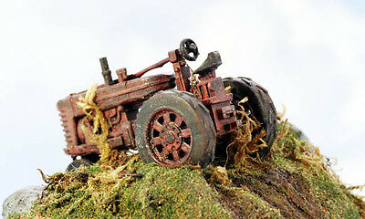 Model Tech Rusting Tractor - N SCALE Model trains - Hand Painted