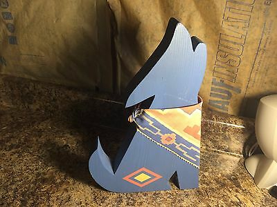 Vintage Handcrafted Wooden Howling Coyote Southwest Theme Statue