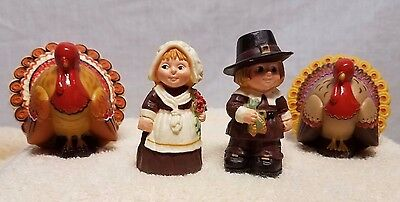 Vintage Hallmark Merry Miniatures 2 Turkeys Girl And Boy Pilgrims Nice Set !!!